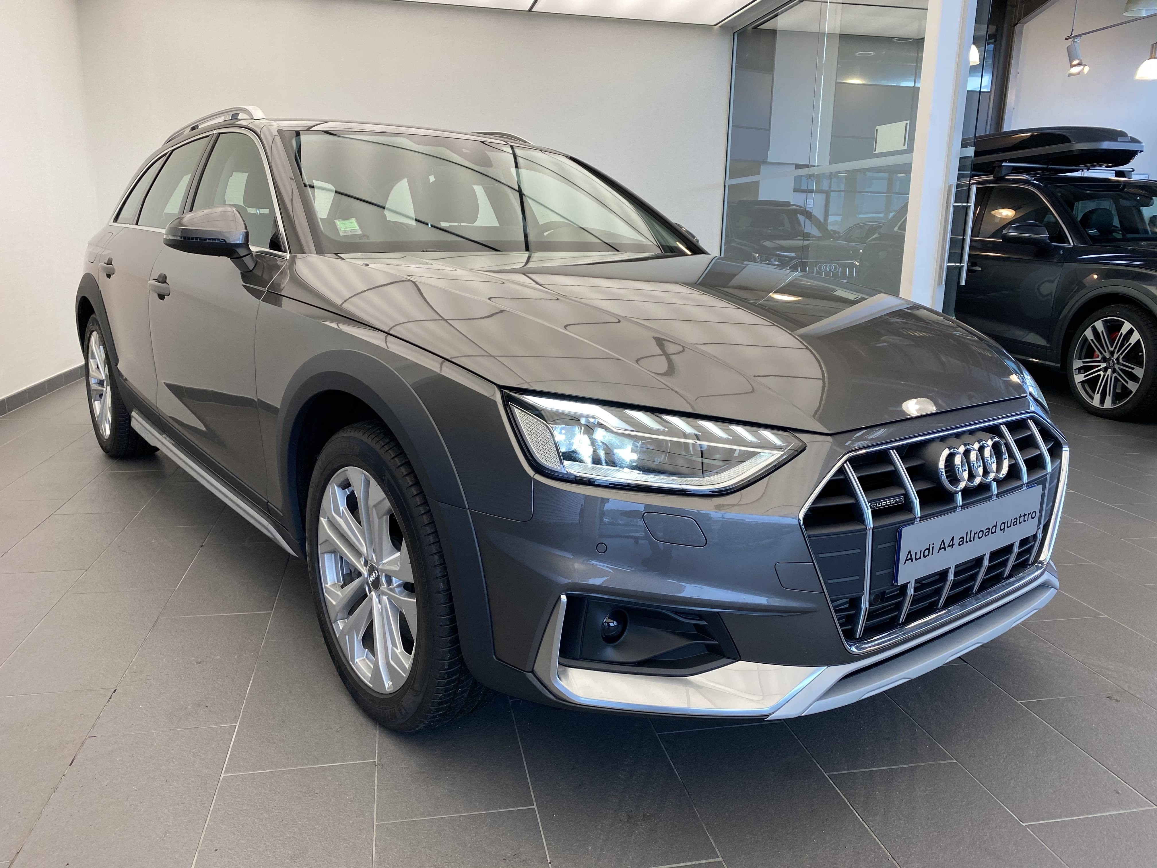 AUDI A4 ALLROAD à Nevers